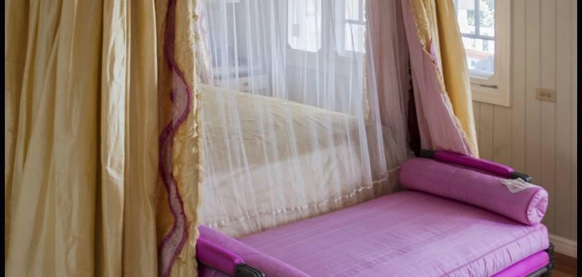 Blue Hole Cottage master bedroom