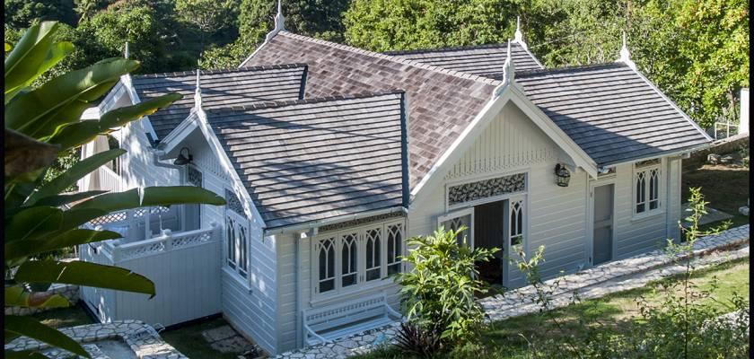 Blue Hole Gardens Cottage
